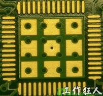 這個通孔的設計勉強可以接受,只剩下正中間一個通孔沒有塞孔,而且孔徑也變小了。