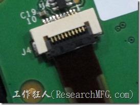聯接器蓋上後FPC安裝指示線正好在其邊緣位置,利於判斷FPC有無安裝到定位。