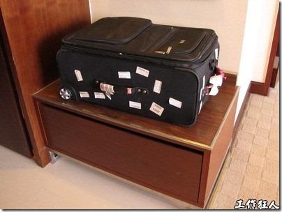 行李置放架