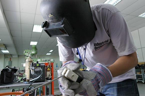 介紹IE及ME在電子工廠內的角色與職責